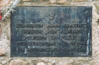 Tablica na jednym z wielu cmentarzy odwiedzanych wielokrotnie na Białorusi przez Chór